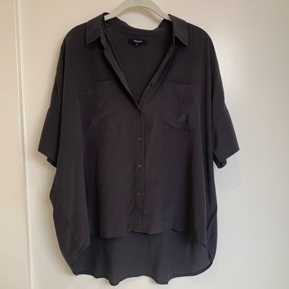 Madewell Tops - Madewell charcoal silk top size M